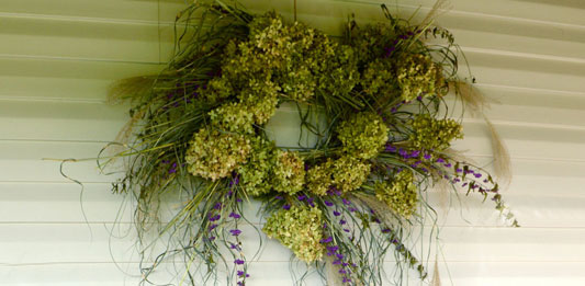 Good To Grow Fresh From The Garden Wreaths Give Home A Fall